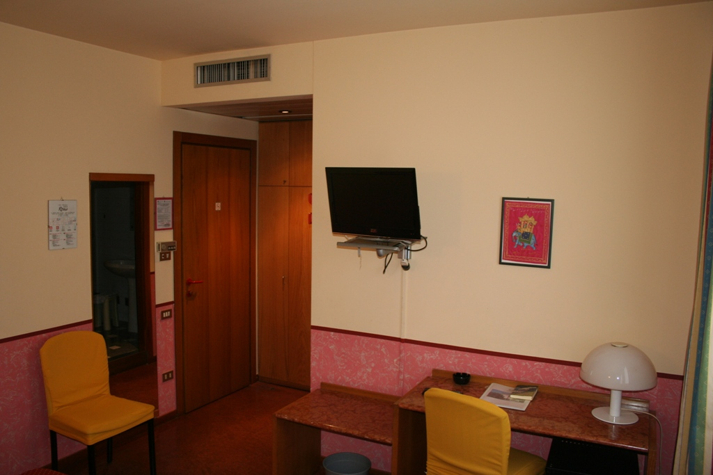 Camere16